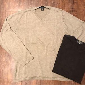 V-Neck Banana Republic Sweater